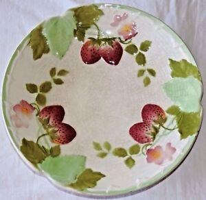 Rare Mint Antique French Sarreguemines Majolica Plate strawberries