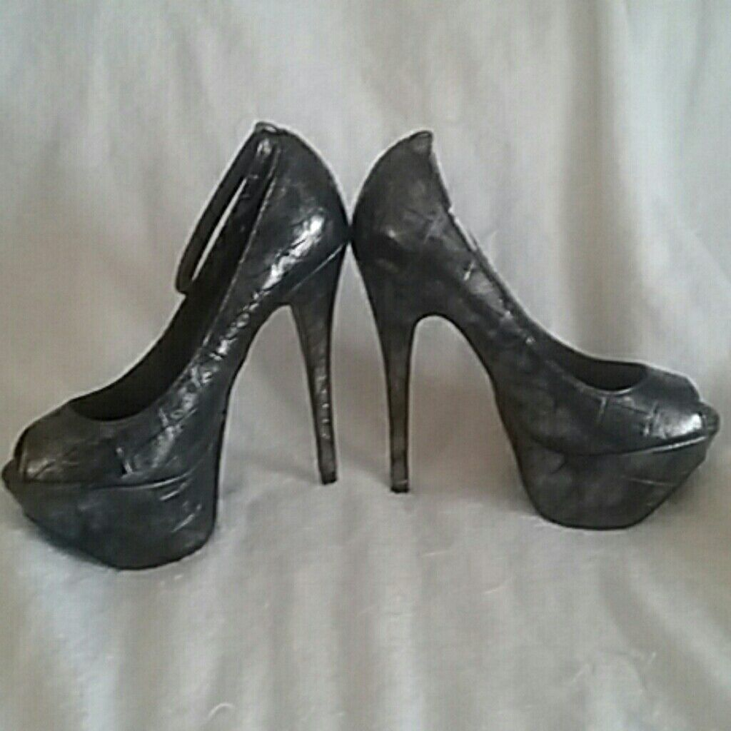 Bakers Kami Platforms Heels/Color Silver M Pewter / Size 5.5 M Silver 5a03e7