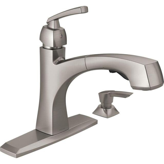 Delta 467 Dst Palo Series Single Handle Pull Out Kitchen Faucet Chrome Closeout For Sale Online Ebay