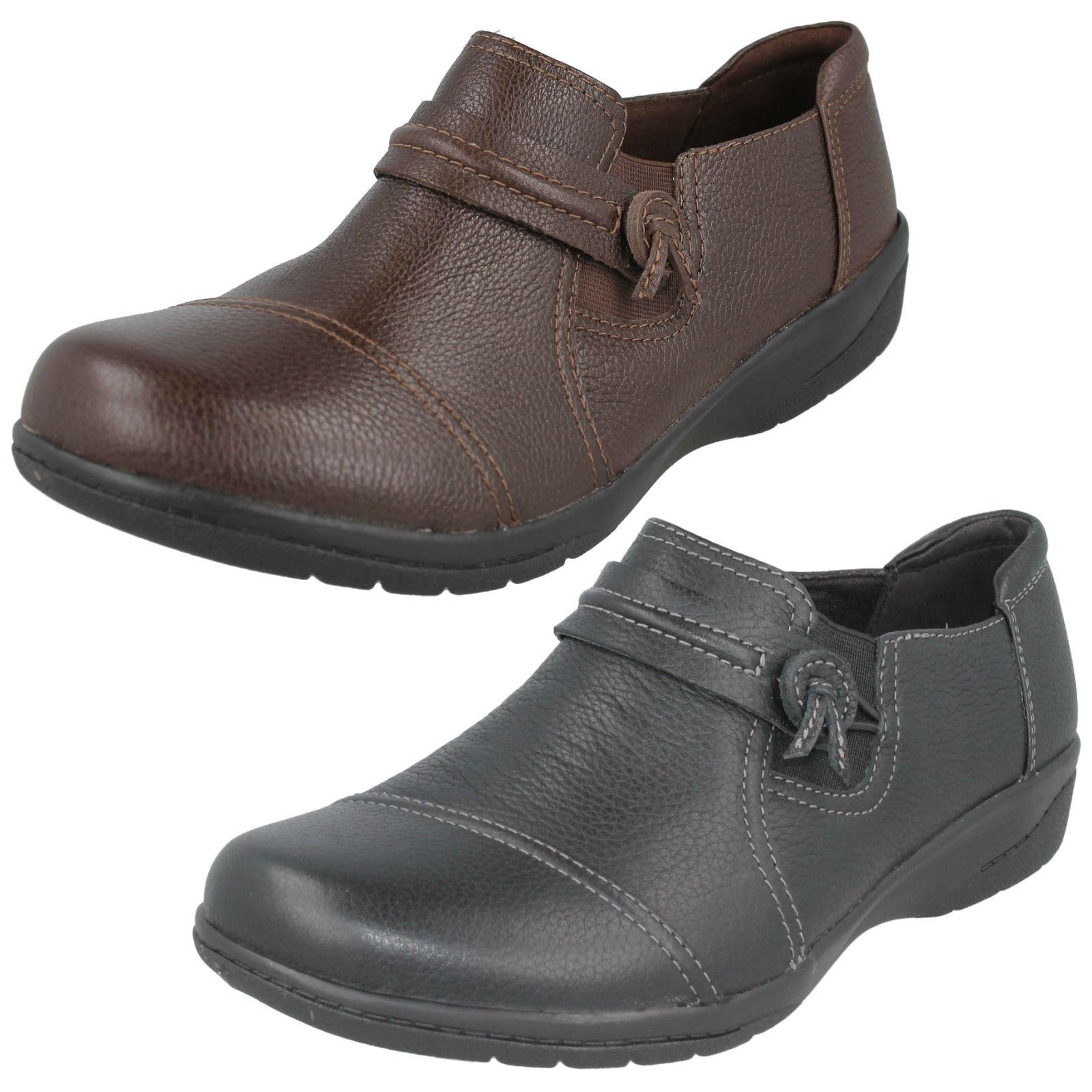 Damen Clarks Leder Breit ohne Bügel Zwickel Freizeit Flach Hosen Schuhe Cheyn