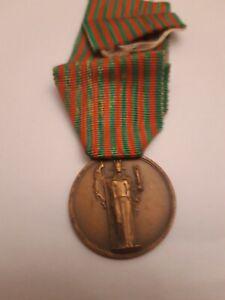 Medaglia-Guerra-1943-1945-Medal-Bronzo-Militare-vedi-foto