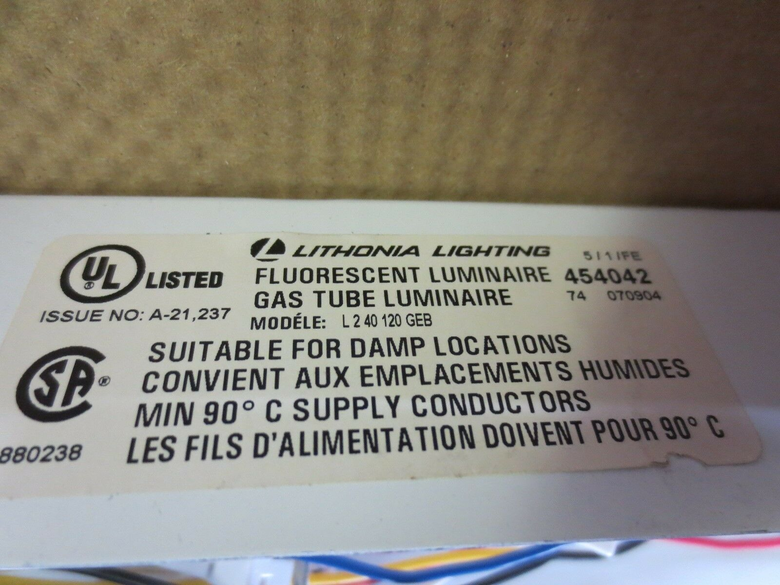 Lithonia Lighting L 2 40 120 Geb Fluorescent Gas Tube Luminaire Ebay Further Single Pole Light Switch Diagram