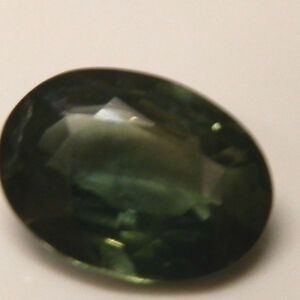 Natural-earth-mined-green-sapphire-oval-gemstone-1-22-carat-gem