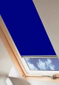VERDUNKELUNGSROLLO-DKK-Alutherm-Hitzestopp-weisse-Velux-Dachfenster-GGU-GPU-GHU