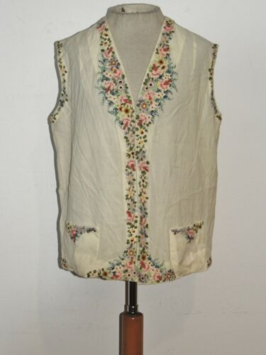 1920's - 1930's  Pastel Hand Embroidered Ivory Woo
