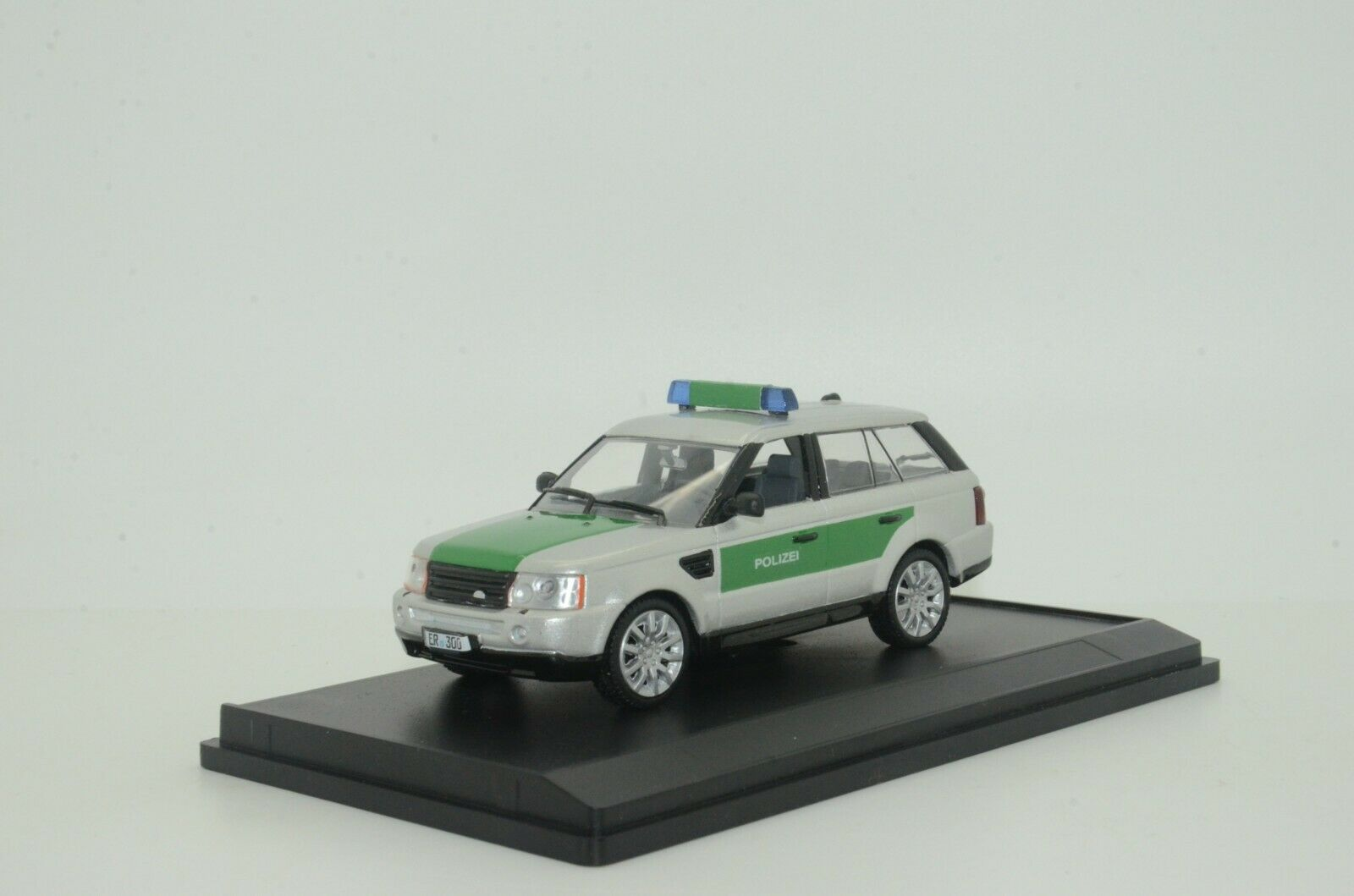 RARE     Range Rover Germany Polizei Police Custom Made 1 43