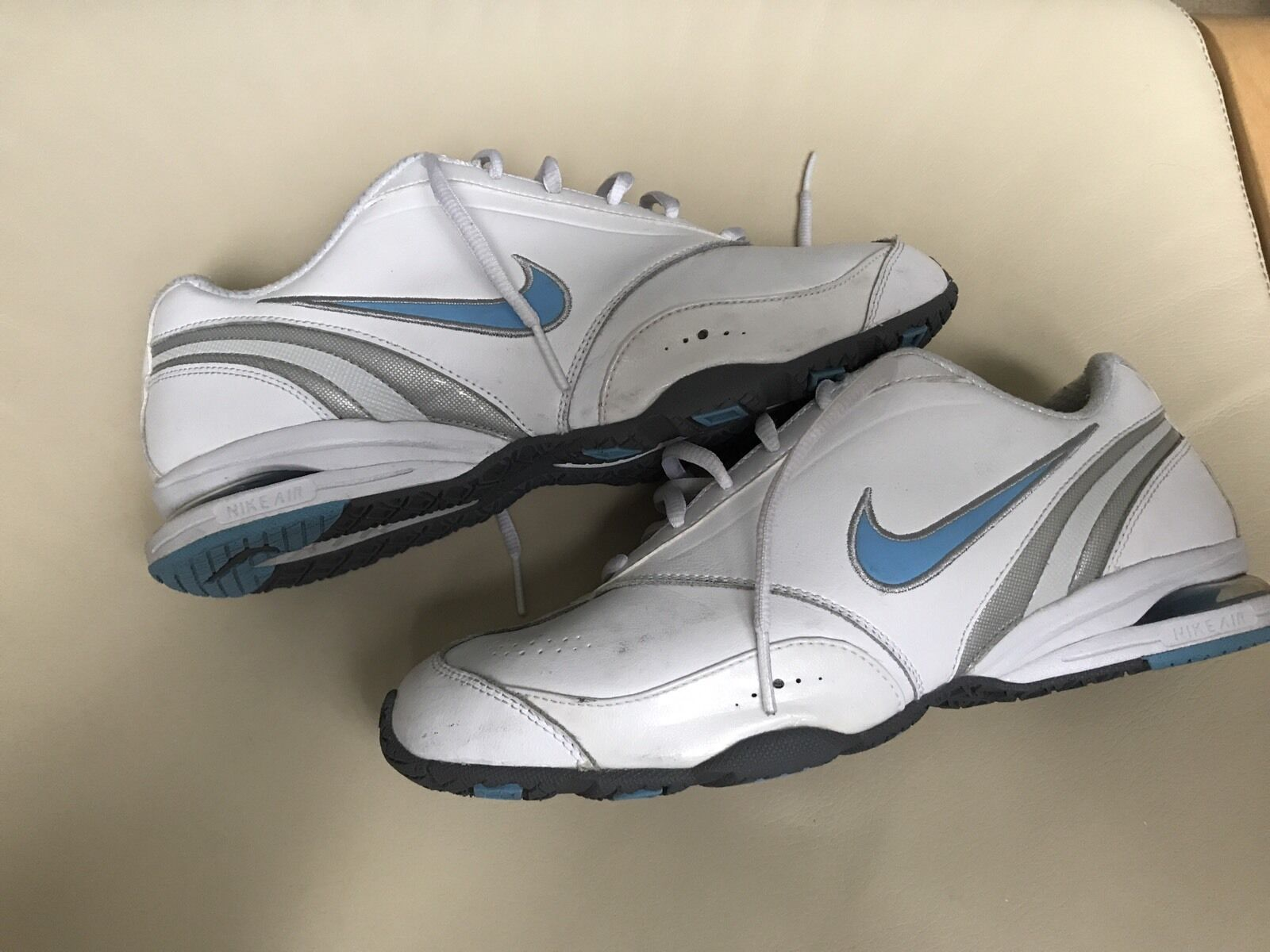 White Ladies Nike Air Max Visi Fly Leather Trainers  shoes Size 6 bluee Tick