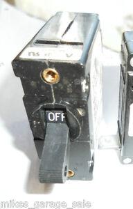 qty-2  20 AMP AIRPAX UPGI-25775-7 CIRCUIT BREAKER 2 pc LOT Onan 320-1683  NEW