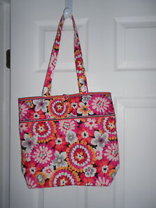 Vera-Bradley-Pixie-Blooms-Tote-Bag-w-Tortoiseshell-Toggle-Closure-Floral-NWOT