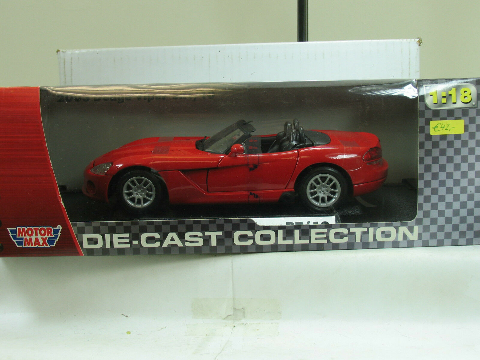 Motor Max 1 18 Die-Cast Collection 2003 Dodge Viper RT 10 B2927