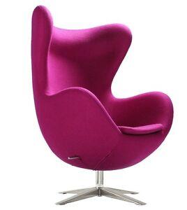 Egg Chair Poltrona rosa fucsia Arne Jacobsen basculante tessuto cashmere replica