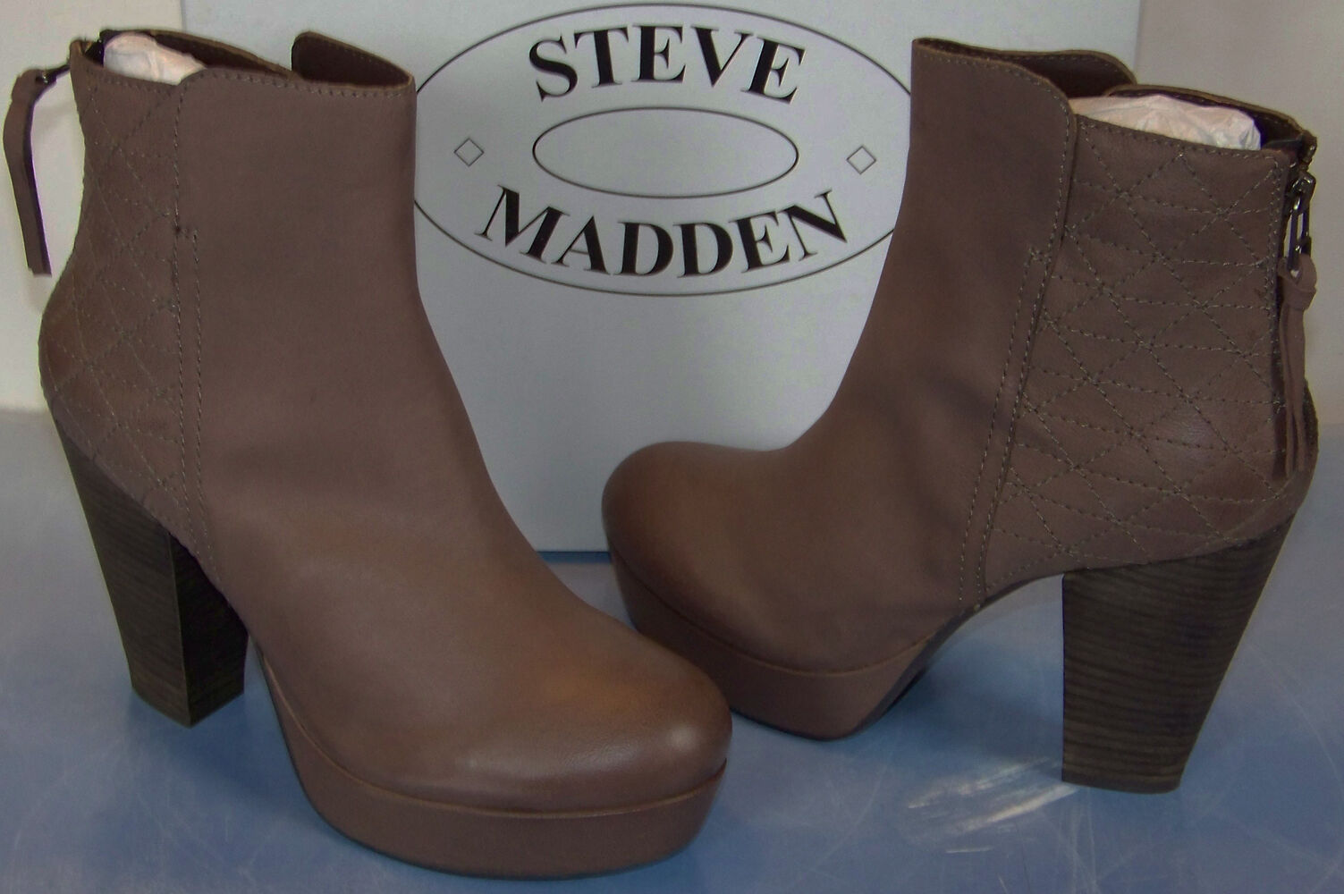 NIB STEVE MADDEN taupe leather ROADRUNA chunky heeled BOOTIES ankle BOOTS sz 10