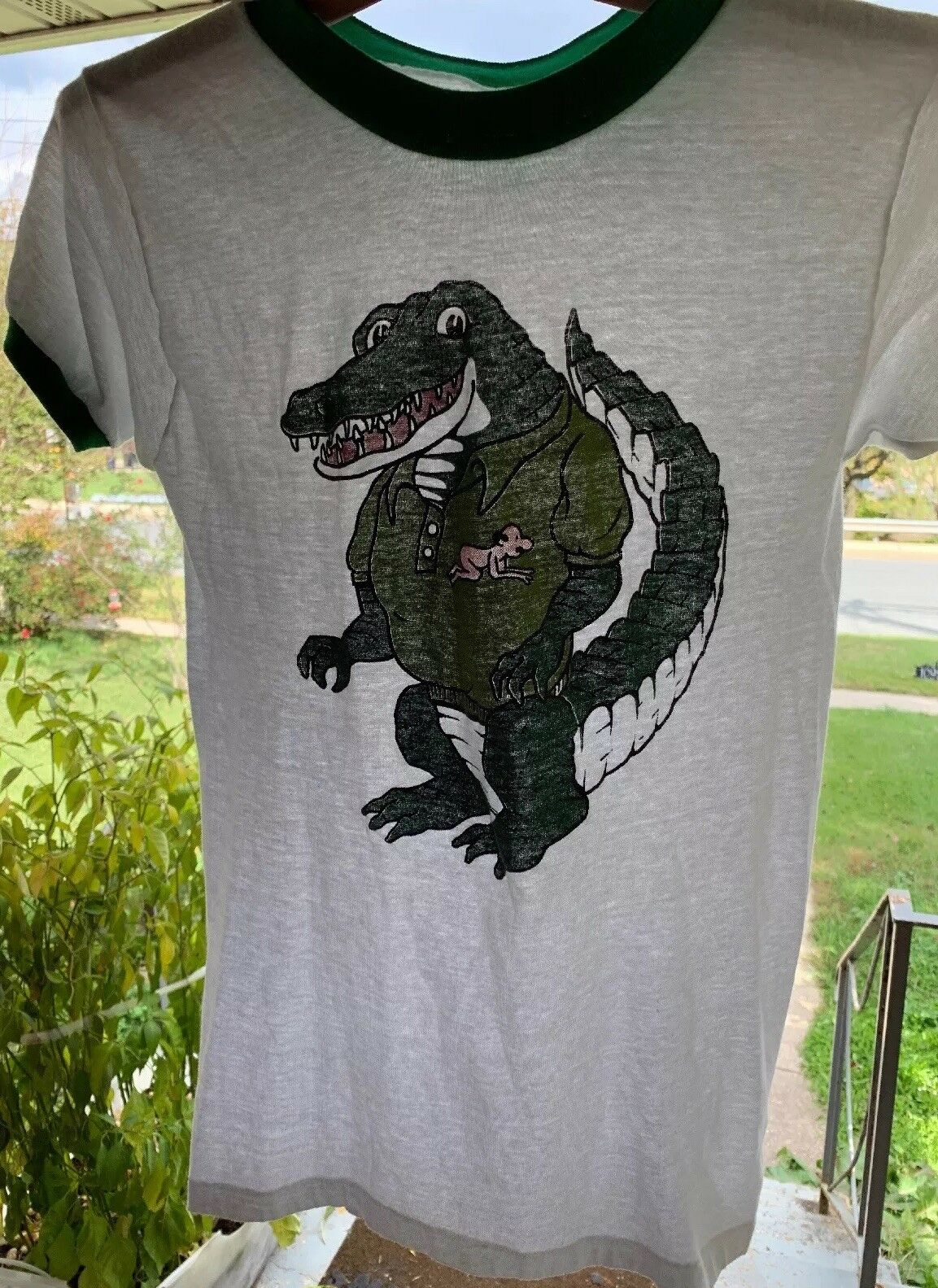 Vintage Crocodile Screening White Green Ringer 50 50% Cotton  Poly Thin T Shirt.
