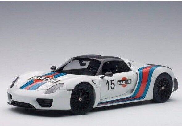 Porsche 918 Spyder blanc Martini Livery  15 1 18 AUTOart