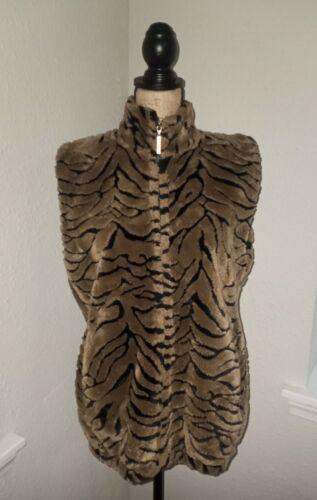 Duffel Outdoor Women's Faux Fur Vest Size X-Small