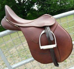 Bates WIDE All Purpose Adjustable General Purpose Saddle with CAIR Black//Brown