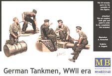 WW II GERMAN TANKMEN (PANZER IV/TIGER/PANTHER TANK CREW AT REST) 1/35 MASTERBOX