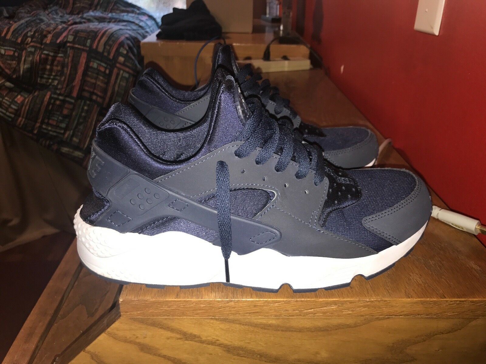 mens navy blue huarches sneakers (size 11)