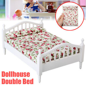 1//12 Dollhouse Miniature Wooden Double Bed Bedroom Furniture Decoration