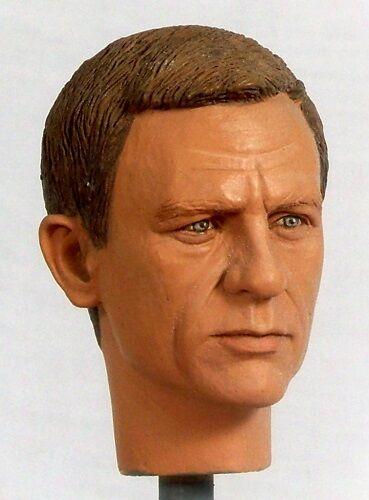 1:6 Custom Head Daniel Craig as as as James Bond in Casino Royale or Quantum of Solace 2e8e92
