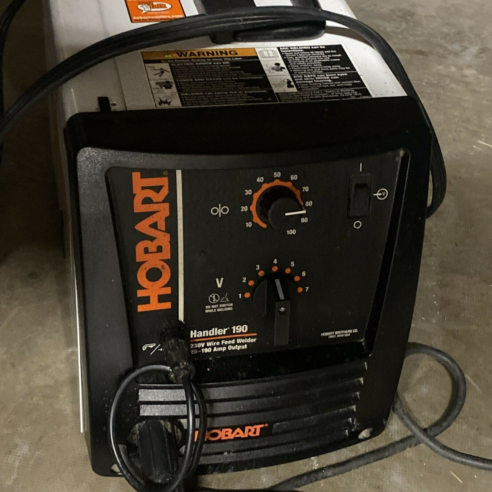 Hobart Handler 190 Flux-Core/MIG Welder w/SpoolRunner 100 10ft Spool Gun. Available Now for 580.00