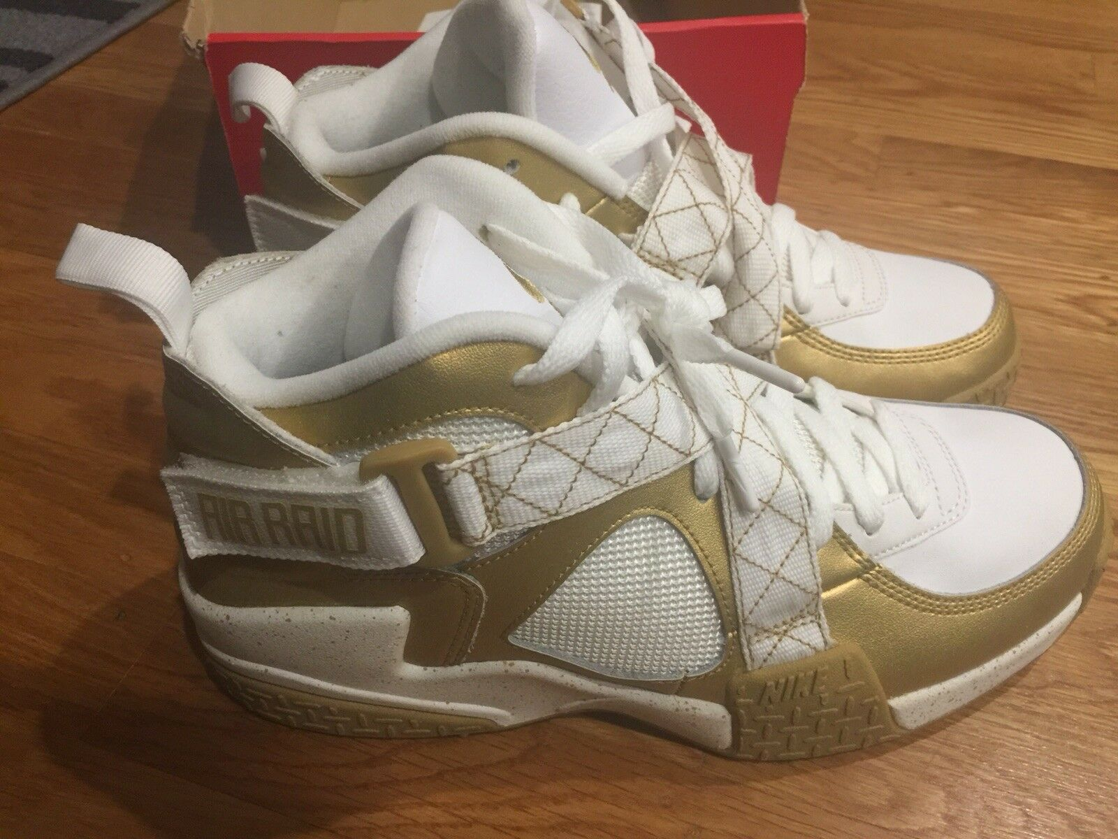 1f015737 Metallic Raid Nike gold Air 9 Size Men's, white 4921cgppx13067 ...
