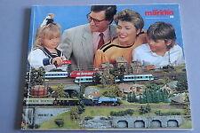 X249 MARKLIN Train catalogueHo 1989 1990 162 pages 26,5*22 cm F
