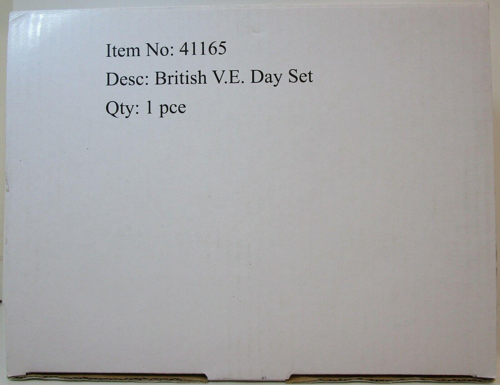 William Britain - 41165 - Collectors Club Edition - V.E. Day Set - Diecast.