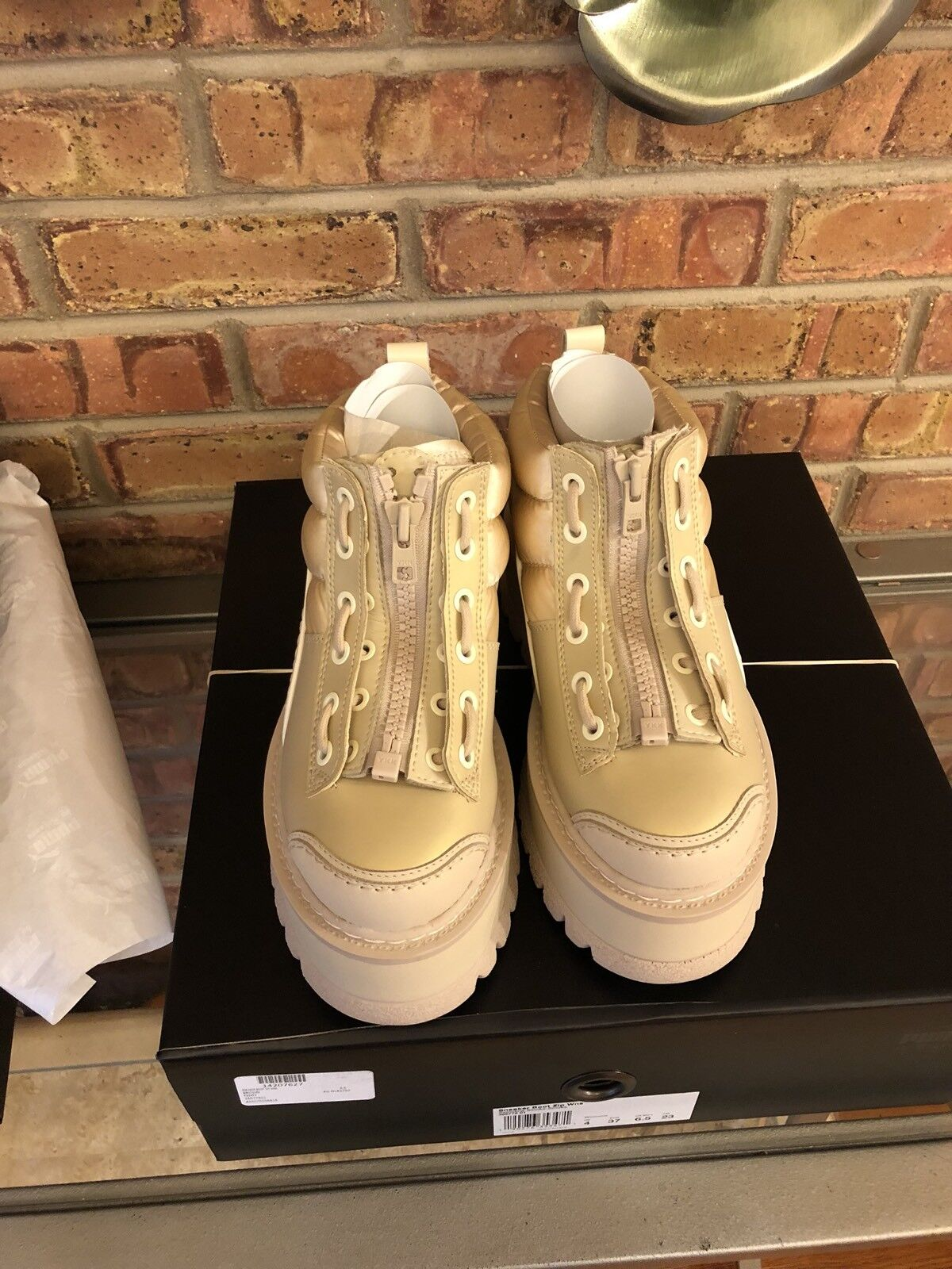 NEW FENTY PUMA Womens Sz 9.5 Rihanna Platform Boot Semolina Brown zip-up