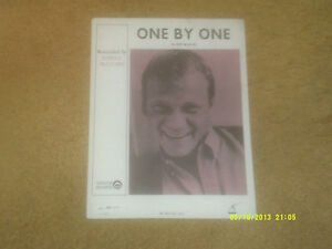 Barry McGuire sheet music One By One 1964 4 pages VG shape - New York, New York, United States - Barry McGuire sheet music One By One 1964 4 pages VG shape - New York, New York, United States