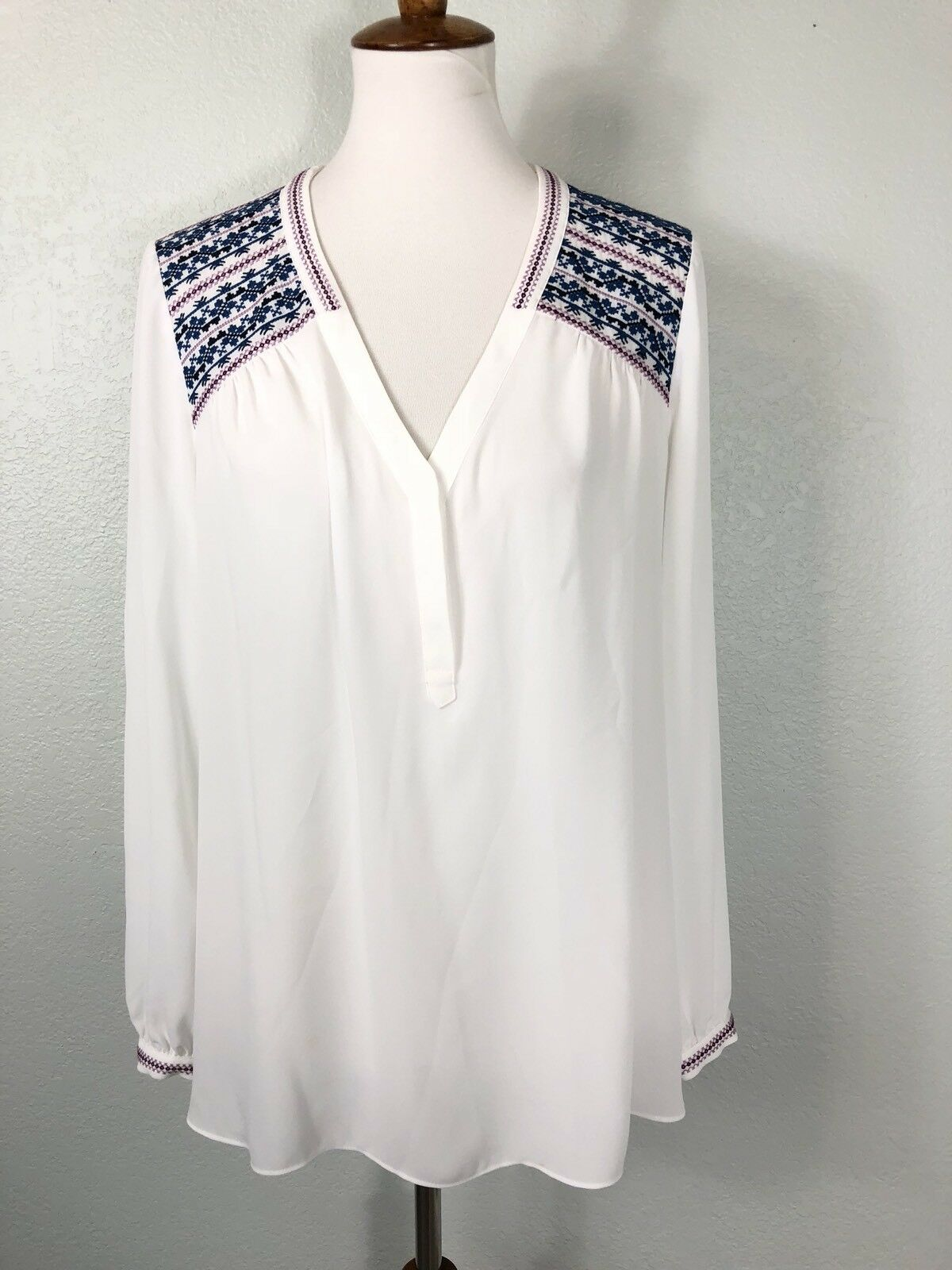 NYDJ Womens size Medium  White bluee Cross Stitch Embroidered Popover Blouse