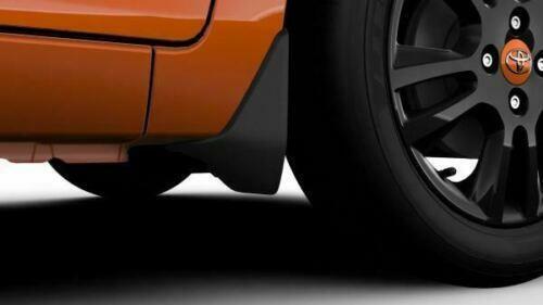 Genuine Toyota Aygo 2014 En Adelante Mud flaps 53008-0H010 Frontal Set