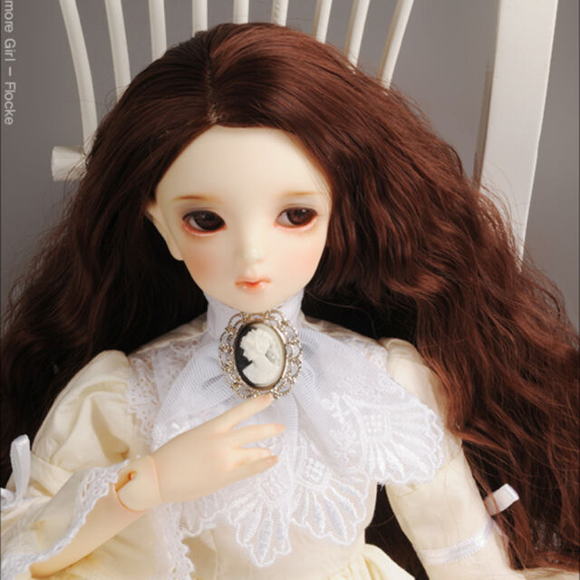 Dollmore BJD new Cameo Lace Brooch (White)