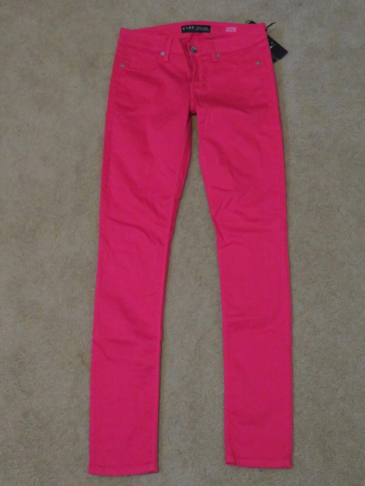 New with Tags NYLA Women's Fade to bluee Super Skinny Red Jeans Pants Size 27