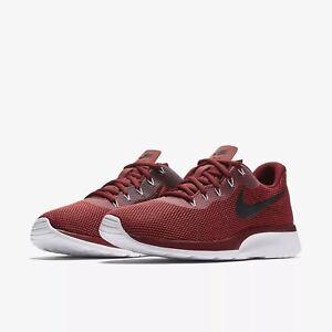 Men's Nike Tanjun Racer 921669-600 Size 9.5 Maroon and Black