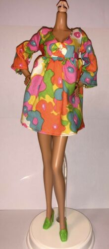 Barbie Vintage Repro Mod Friends Doll Outfit Flower Wower Dress Shoes NEW #1453