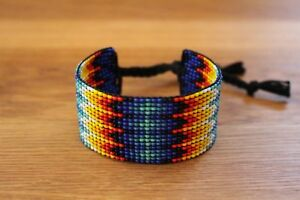 NATIVE-AMERICAN-SEED-BEAD-BRACELET-MULTI-COLORED