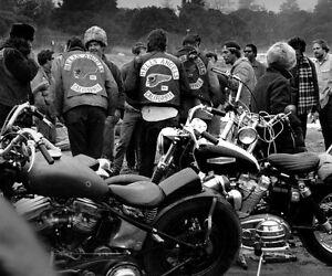 Hells Angels Motorcycle Gang California Road Trip Glossy 8x10 Photo