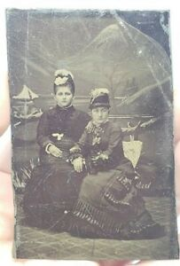 Antique-Victorian-Tintype-Photograph-Rich-Women-Hats-amp-Dresses-Fancy