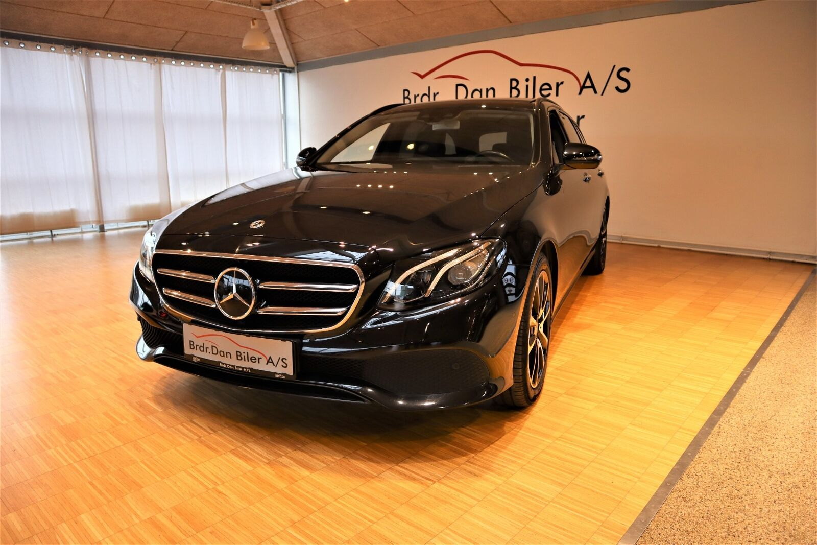 Mercedes E220 d 2,0 Avantgarde stc. aut. 5d - 429.800 kr.