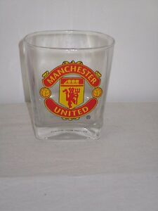 1-Manchester-United-Football-Soccer-Glass-With-Crest-on-Front-Sturdy-9cm-High