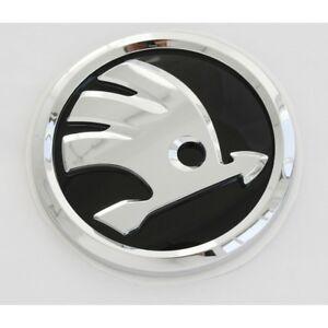 original skoda fabia iii nj zeichen hinten heckklappe emblem logo schwarz ebay. Black Bedroom Furniture Sets. Home Design Ideas