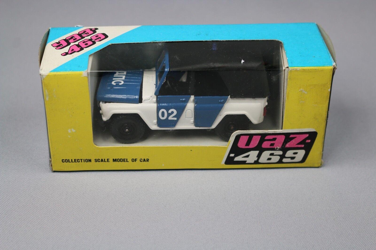 ZC1323 Tantal Radon 1121 Vehicule miniature 1/43 UAZ 469 YA3 Jeep Russe CCCP