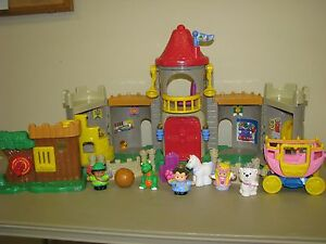 Fisher Price Little People Lil Kingdom Castle knight dragon maid unicorn prince
