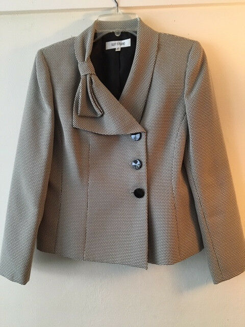 Suit Studio women Top, size 10p