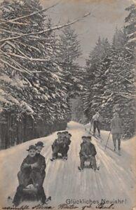 GLUCKLICHES-NEUJAHR-SLEDS-amp-SKIERS-GERMAN-NEW-YEAR-POSTCARD-1909-PMK-ELGERSBURG