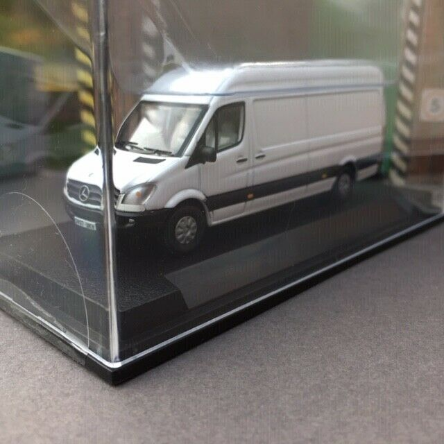 CREATIVE MASTER NORTHCORD  UKV1001 MERCEDES SPRINTER VAN BOX