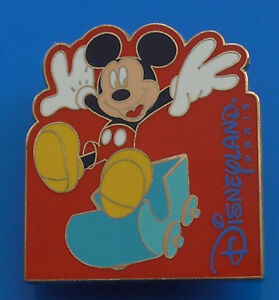 Walt-Disney-Disneyland-Resort-Paris-Mickey-Mouse-Enamel-Pin-Badge