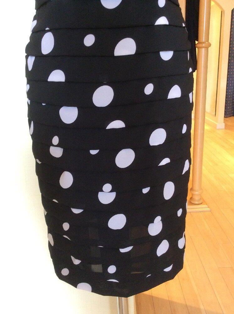 Gerry Weber Dress Größe 12 12 12 BNWT schwarz And Weiß Spot Pleats   Now e8e9c8