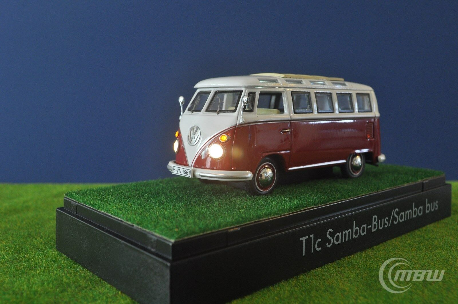 1 43 Schuco VW T1 Samba bus (Red) LED tuning by MBW